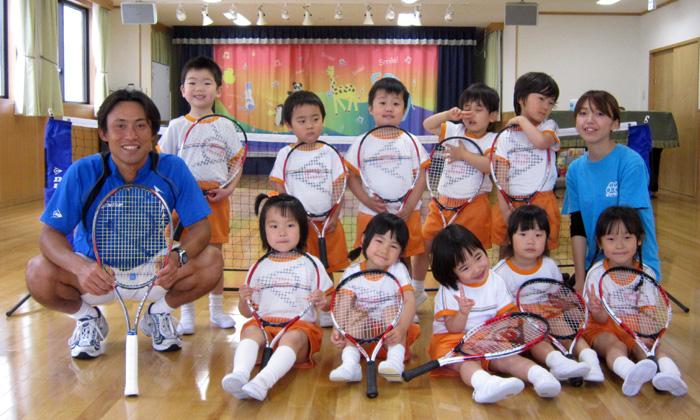 キッズテニスプログラム