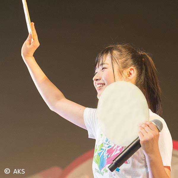AKB48(チーム8)佐藤朱ちゃんと一緒にテニス